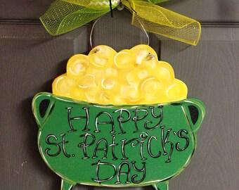 St. Patrick's Day door hanger, St.Patrick;s wreath, Shamrock door hanger,wooden door hanger,popular door decor,trendy door decor