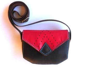 LEATHER PURSE / Red and brown leather bag