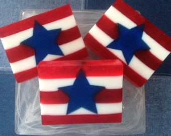American Flag Soap - Country Apple Soap - Patriotic Soap - 4th of July Soap - Patriotic Favor - Patriotic Gift - Stars and Stripes