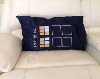 Doctor who pillow sleeve
