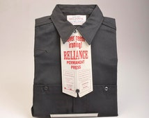 NOS Deadstock Mens Vintage 60s Reliance Permanent Press Union Made Charcoal Gray Work Shirt Work Wear 14 M