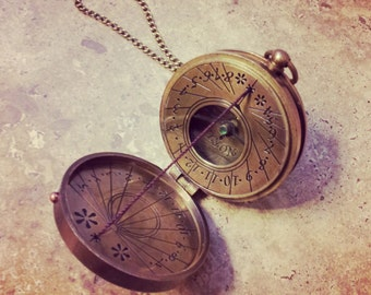 Thread Sundial / Compass Necklace Antique Brass, Nautical Vintage Style