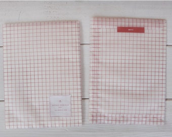Envelpoe Paper Gift Bag Checkered-red-semi transparent-gift wrapping