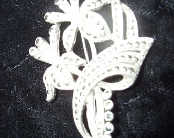flower cluster brooch