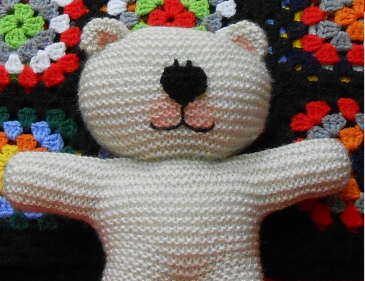 Knitted Heart Pattern Free : Classic Easy Knit Teddy Bear knitting pattern PDF by TheBaldySheep