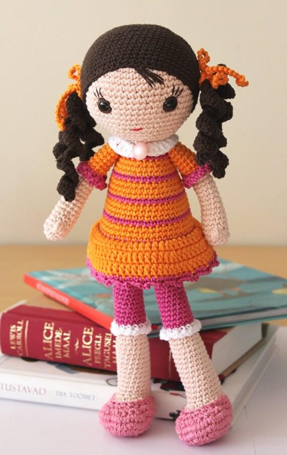 Greta amigurumi doll