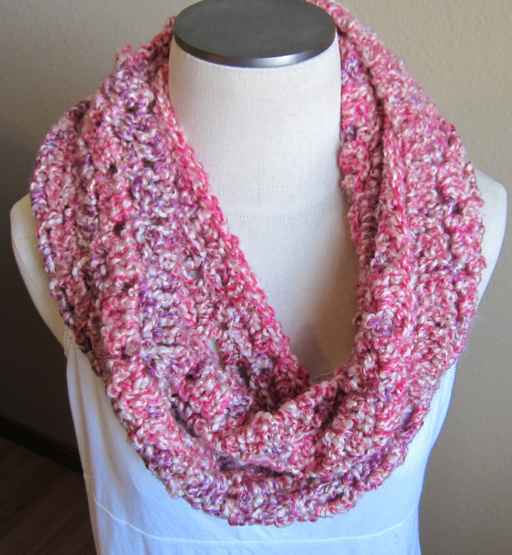 Knit Scarf Pattern Homespun Yarn : Crochet Cowl Infinity Scarf Hooded Scarf Lion Brand Homespun