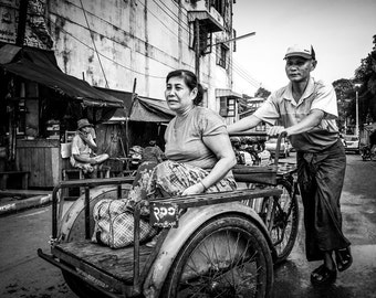 Lifestyle - Photography - Black and White - Myawaddy, Burma