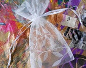 "SALE 10 White Vine & Leaf Flocked Organza Bags 3"" x 4"" White Gift Pouches *B50"