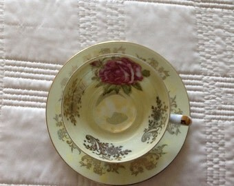 Cups & Saucers - Royal Halsey Very Fine China - Vatican