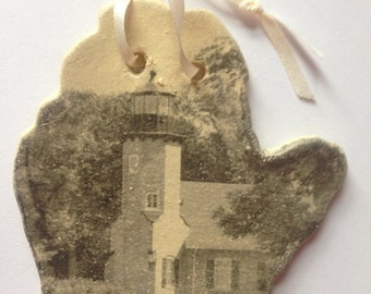 White River Lighthouse - Michigan - Photo Pottery