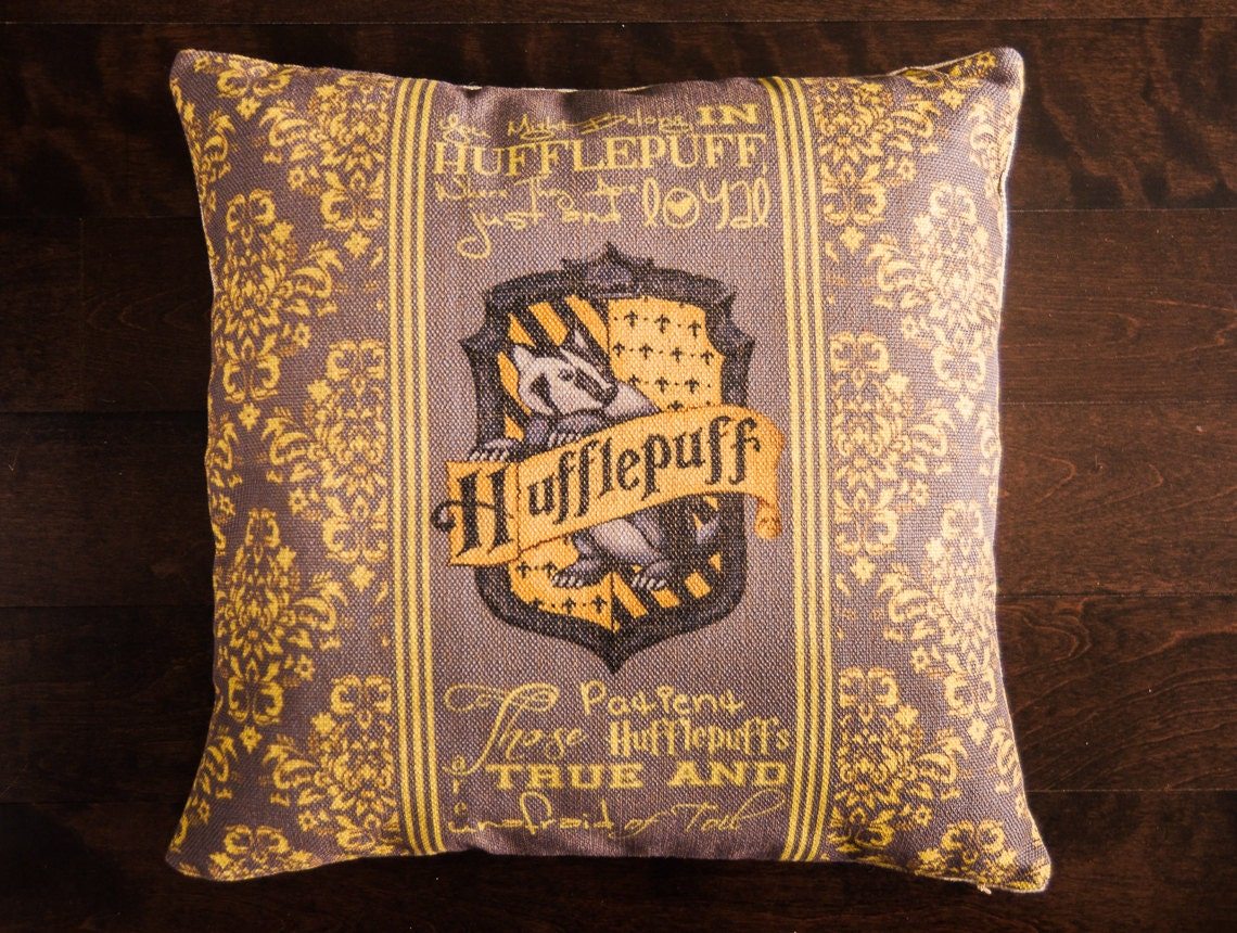 harry potter hufflepuff harry potter throw by geekandthechic. Black Bedroom Furniture Sets. Home Design Ideas