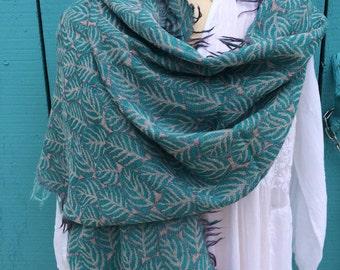 Cosy merino wool shawl in turqouise dream