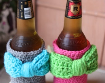 Can cozy with bow - Bottle cozy with bow - Drink holder - Girly drink cozy - Bridesmaid gift idea - Custom can cozies - Matching drink cozy