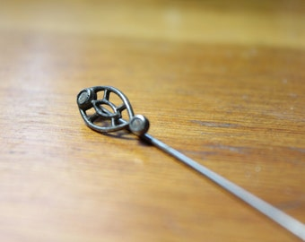Art Nouveau Sterling Silver Stickpin with Paste Stones