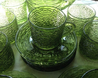 Set of 4 Green Soreno Glass Cups & Saucers Anchor Hocking