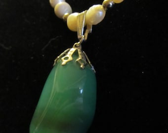 N11  Tumbled Green Agate Necklace