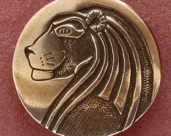 Lion - Shank Button - B691