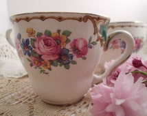 Vintage ARKLOW pottery Tea Cups,Trio of beautiful vintage shabby chic teacups pattern no.2603. made in Ireland. Circa 1940s