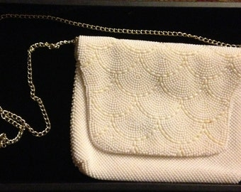 Vintage pearl colored beaded purse