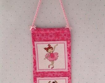 Ballerina wall pockets
