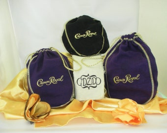foto de Items similar to Crown Royal Quilt Made from Your Bags on Etsy