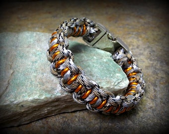 Tactical Series Armored Cobra Paracord Bracelet