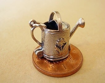 Sterling Silver Watering Can - Daffodil Opening Charm