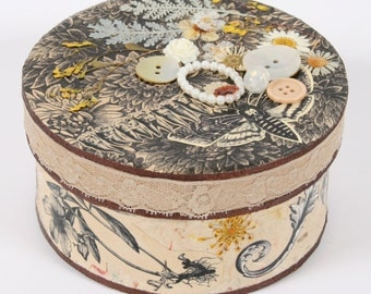 Botanical Decorated Box - small