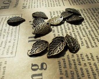 30pcs 10x16mm Antique Bronze Lovely Mini Leaf Charm Pendant c156-9