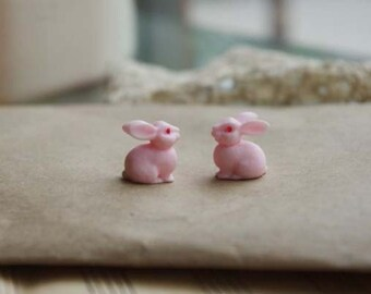 2pcs Lovely Resin cute rabbits Cabochon Cameo Charms.