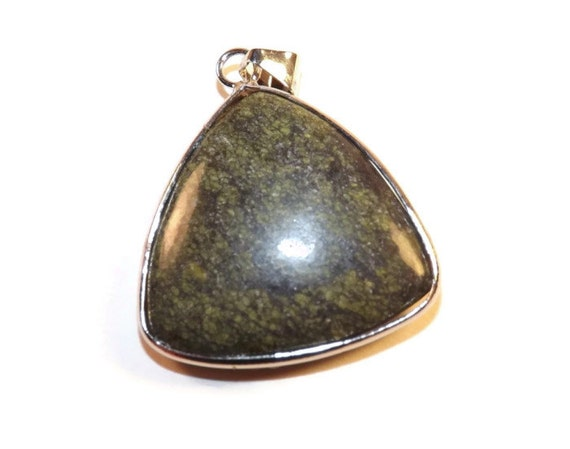 Green Lace Agate Stone Pendant Pendants are Approx. 1