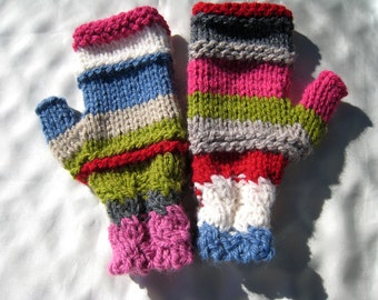 Very colorful and cheerful wool mitts.Original, hand-made.