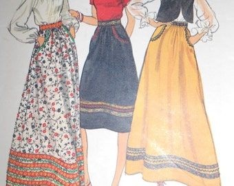 Vintage 1980's Vogue 9425 sewing pattern, Misses flared skirt, 3 lengths, with pockets Size 28 waist