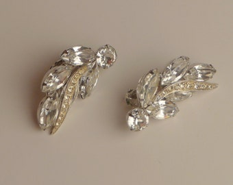 vintage Weiss rhinestone clip earrings