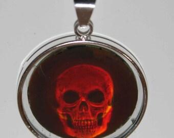 Pendant Silver Skullheadhologram, Holofilmseries from Royal Holographic.ca.