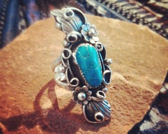 Vintage Handmade Turquoise and Sterling Silver Ring size 7.5