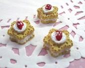 Strawberry Shortcake Cabochons Miniature Desserts Kawaii Decoden Sweets 19mm, #147a