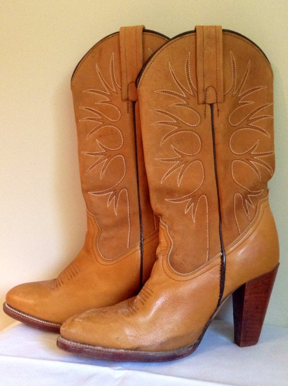 Elegant Womens Vintage Cowboy Boots With Innovative Styles In Uk | Sobatapk.com