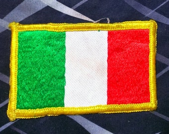 Vintage 1960's Embroidered Italian Flag Patch 3 1/4'' X 2'' W/Gold Border