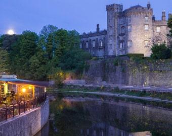 Landscape photography of Kilkenny Castle, Ireland