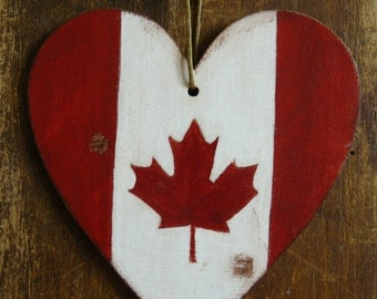 Canadian flag, Canadian luggage tag, pendant, hand painted, distressed flag, christmas ornament