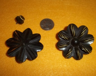 Large Flower Antique Buttons