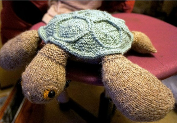Knitted Turtle Pattern : Knitting pattern not a finished knitted toy. Sea turtle