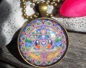 Heart Chakra Mandala Necklace Womens Gift Mandala Art 4th Chakra Round Pendant Vintage Bronze Gift for Friend Necklace Yoga Mandala Jewelry