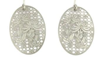 Birdhouse Jewelry - Silver Flower Oval Earrings