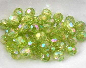 50 Green Faceted Beads 12mm Acrylic, large hole beads (H2104)