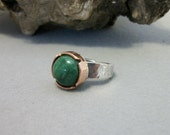 Sterling Silver and copper ring with natural emerald cabochon, size 7 US - mixed metal - copper jewelry - silver ring - emerald ring - SALE