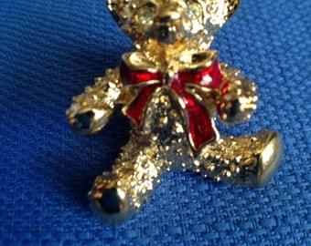 Vintage Avon New in Box Goldtone Teddy Bear Pin/Lapel Pin/Broach