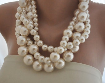 Huge Pearl Necklace, pearl Bold Bridal necklace, Ivory Pearl Necklace, Necklace for Brides, Bridesmaids